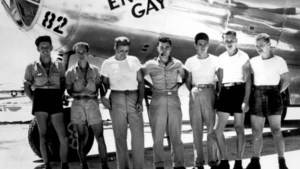De behouden thuiskomst van de 'Enola Gay'