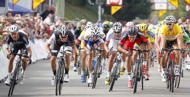Italiaan Nizzolo (Trek) wint tweede etappe Ronde van Wallonië