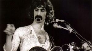 De rook om Zappa's hoofd
