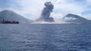 Spectaculaire vulkaanexplosie gefilmd
