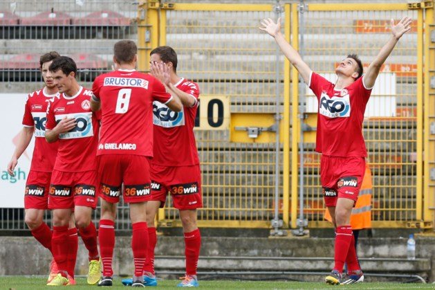 KV Kortrijk slaat Charleroi voor de pauze knock-out