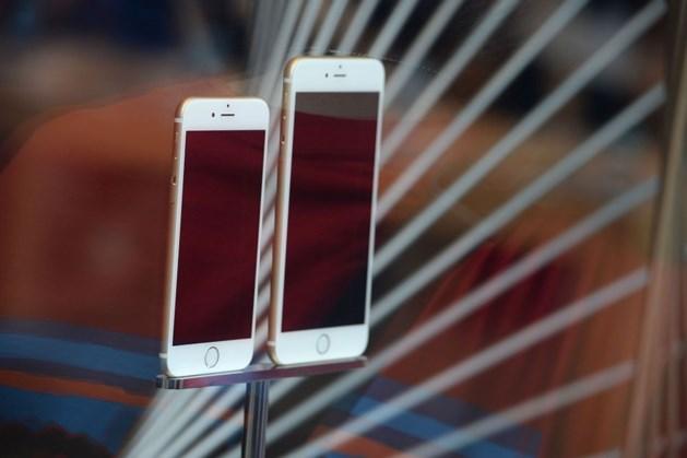 iPhone 6 buigt én trekt haren uit