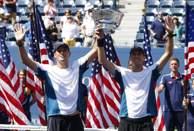 Tennisende broers breken record