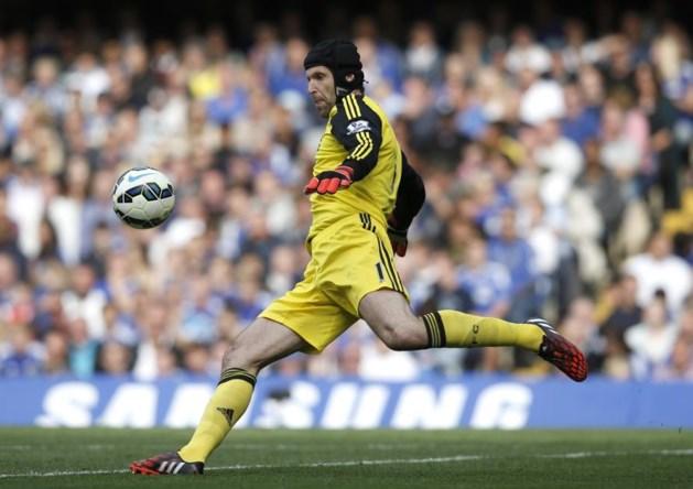 Cech reageert sportief op terugkeer Courtois