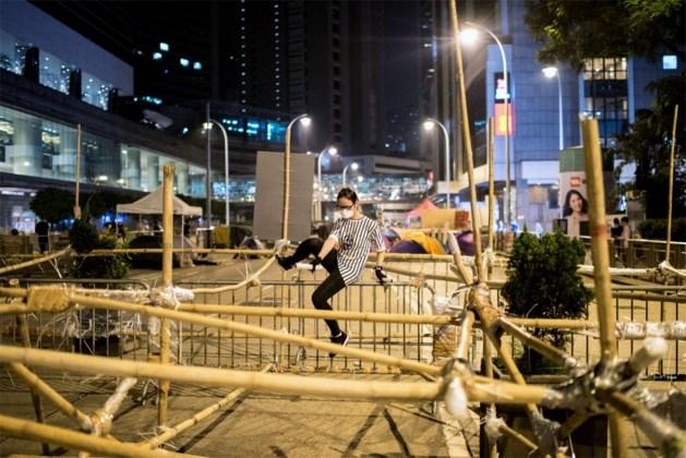 Demonstranten Hongkong bouwen verwijderde barricades opnieuw op