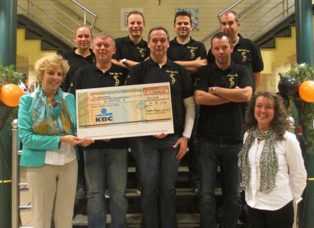 Peter Loyens-fonds schenkt 3.000 euro aan Klavertje 3