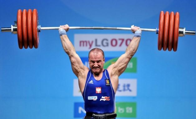 Drievoudig wereldkampioen gewichtheffen mag niet naar WK na positieve test