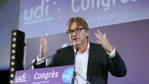 Verhofstadt wil 700 miljard euro aan investeringen om EU-economie uit het slop te trekken