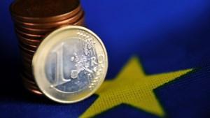 Inflatie in eurozone zwakt af tot 0,3 procent