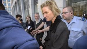 Rechtbank vraagt hulp van Grondwettelijk Hof in zaak Delphine Boël