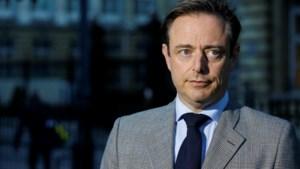De Wever: 'Regeling bedrijfswagens aanpassen staat niet in regeerakkoord'