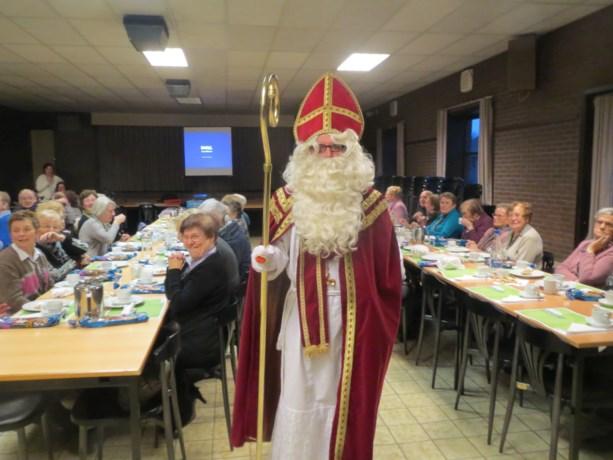 Sinterklaas bezoekt Ziekenzorg Genenbos-Geneiken