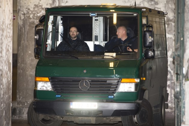Dader aanslag Joods Museum verschenen voor Brusselse raadkamer