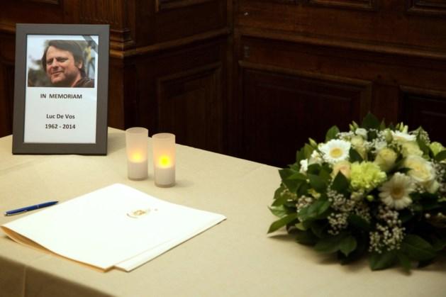 Meer dan 500 mensen ondertekenden rouwregister Luc De Vos