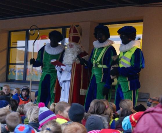 Sinterklaas in SBS Kuringen
