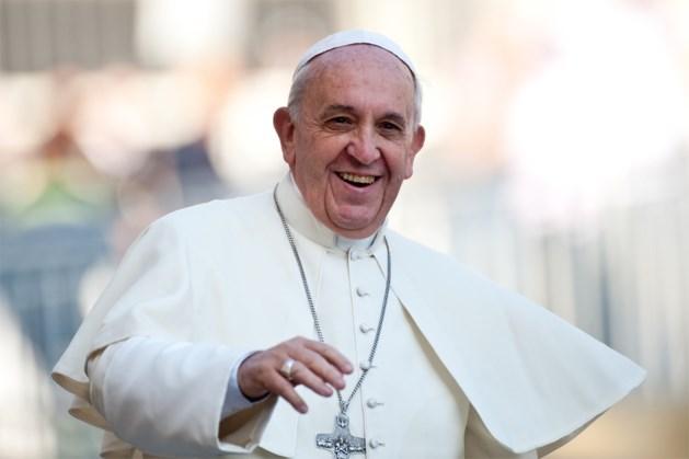 Paus Franciscus pleit voor verbod op kernwapens