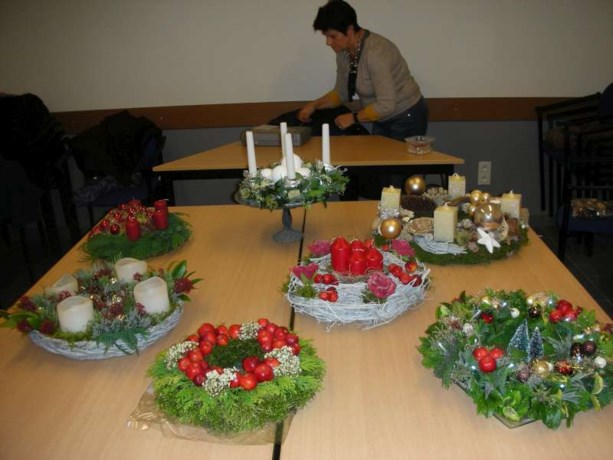 KVLV Kozen maakt mooie adventskrans