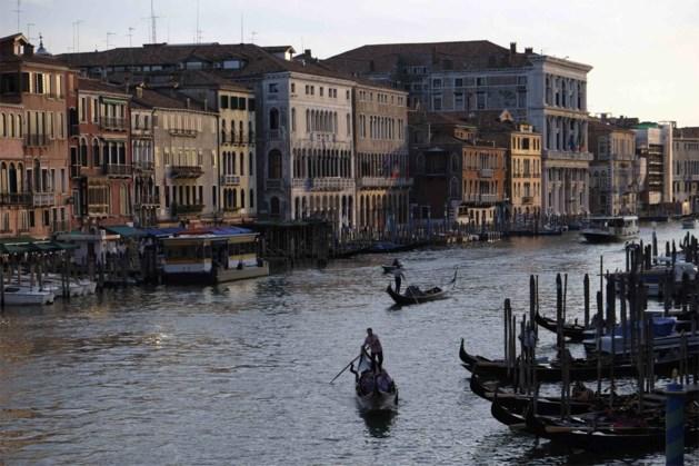 Gondels in Venetië krijgen nummerplaat