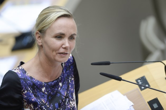 Homans: 'Er komt geen verbod op religieuze kentekens voor Vlaamse ambtenaren'