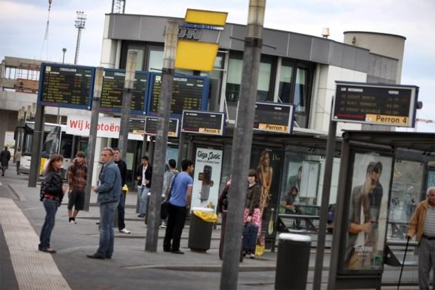 Amper één Lijnbus op de drie stipt in Limburg