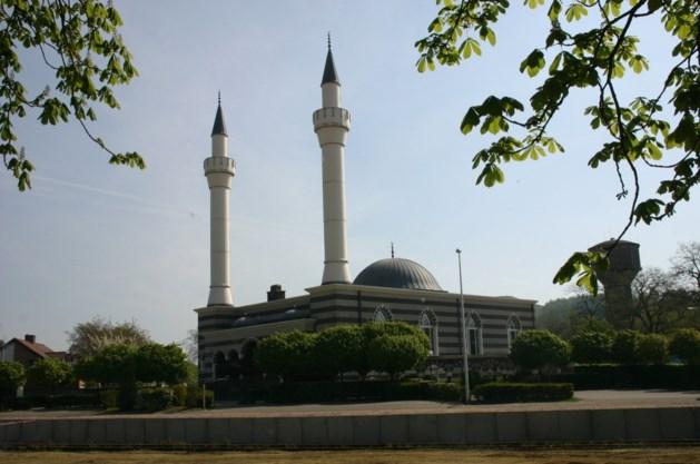 Opnames 'Familie' kunnen toch doorgaan in Fatih moskee