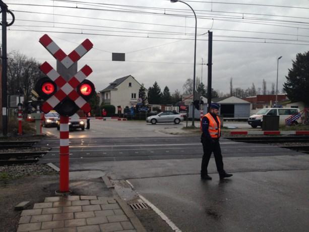Alle spoorovergangen Diepenbeek tijdlang defect