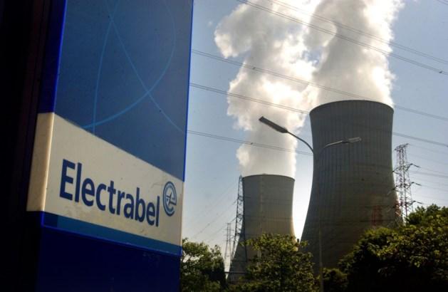 Drone vliegt over kerncentrale Doel