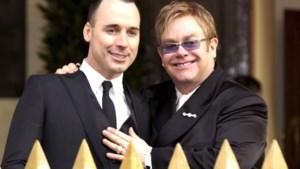 Elton John en David Furnish officieel getrouwd