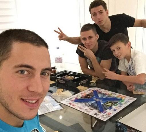 Hazard vindt nog net tijd voor een spelletje Monopoly