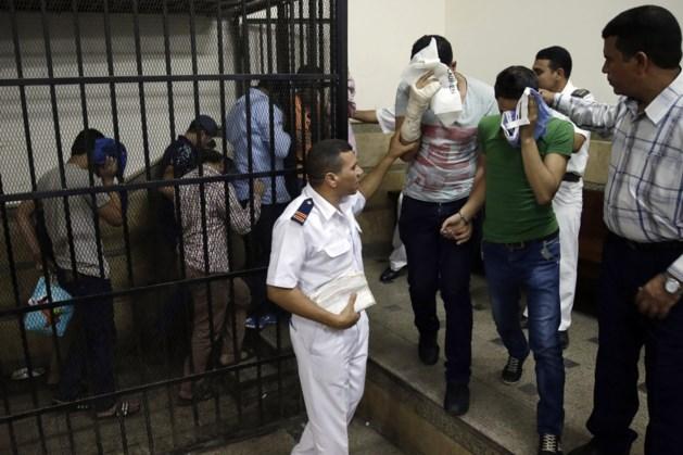 Acht Egyptenaren krijgen jaar cel wegens 'homohuwelijk'