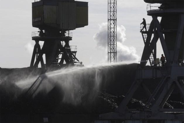 Poetin wil Oekraïne steunen met steenkool en elektriciteit