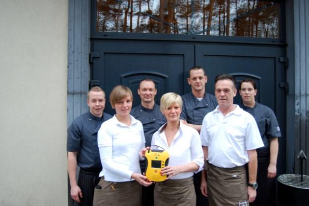 Eikelhof eerste brasserie met een AED-toestel
