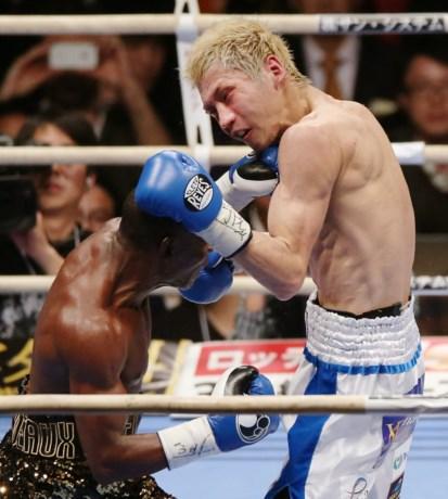 Rigondeaux verdedigt met succes WBO/WBA-titels bij superbantamgewichten