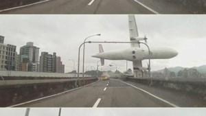 Zeker 31 doden bij vliegtuigcrash Taiwan