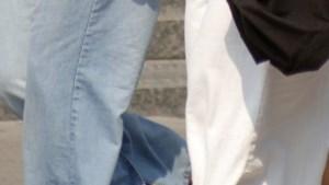 Heibel over lange rokken op Mechelse school