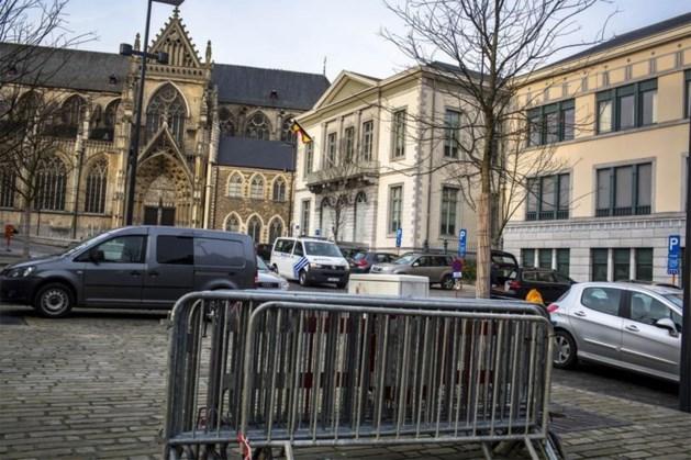 Man verdacht van diefstal 164.160 euro van gehandicapte zus zet rechtszaal op stelten