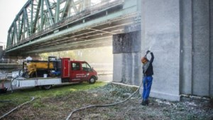 Stevaert-graffiti al verwijderd
