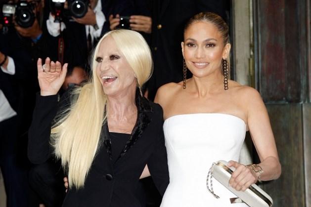 Tien dingen die u moet weten over Donatella Versace