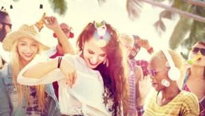 Fris op het festival: de slimste beautytips