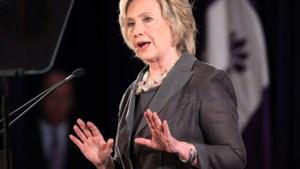 Clinton en Republikeinen bekvechten over getuigenis onderzoekscommissie