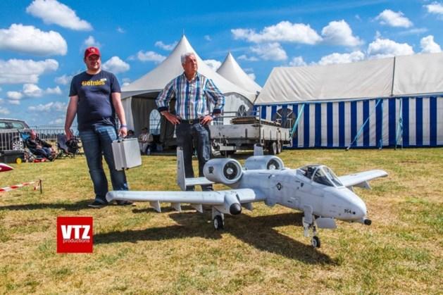 Modelvliegshow lokt 2.000 toeschouwers