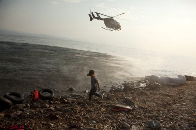 Minstens 15.000 vluchtelingen zitten vast op Lesbos