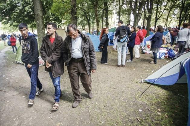 Heeft een asielzoeker recht op duizenden euro's steun in België? Dit krijgen ze écht in ons land!