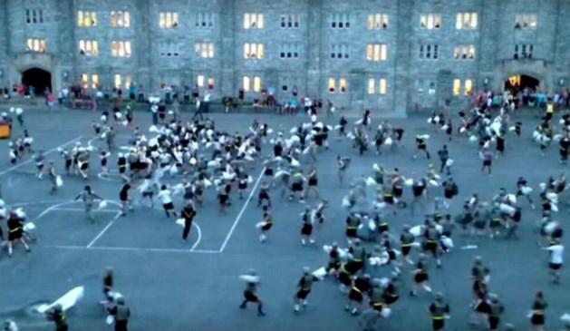 30 gewonden bij kussengevecht in militaire academie van West Point