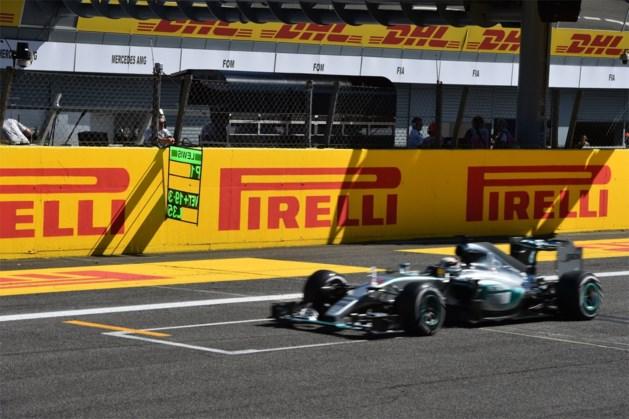 Lewis Hamilton zegeviert in Monza