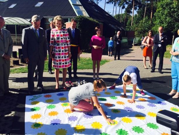Dit droeg koningin Mathilde tijdens haar bezoek aan Limburg