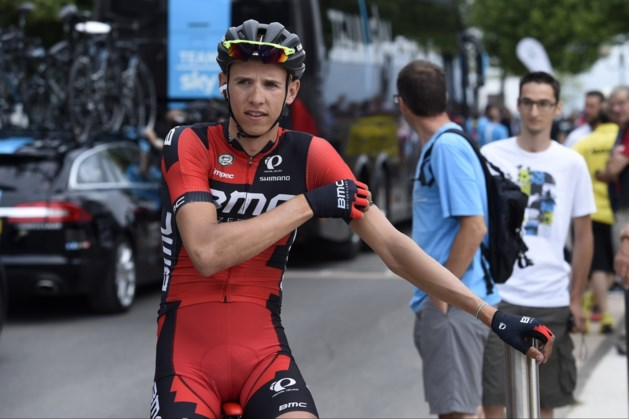 Dylan Teuns naar ziekenhuis na val in Tour of Britain