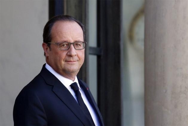 Hollande beschouwt Franse luchtaanvallen in Syrië als 'noodzakelijk'