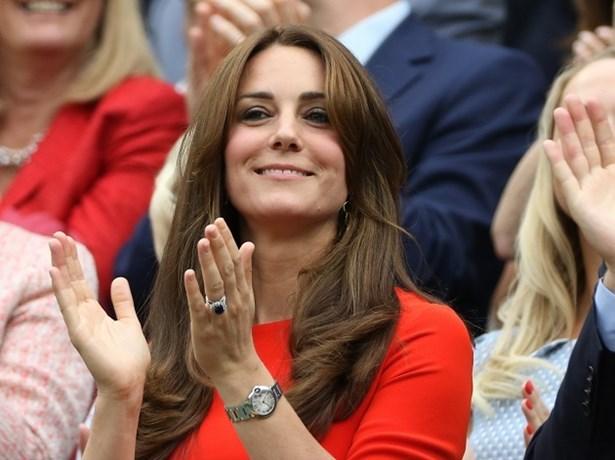 Kate Middleton gespot met nieuw kapsel
