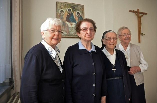 Zusters van Maria gaan voorgoed weg uit Peer